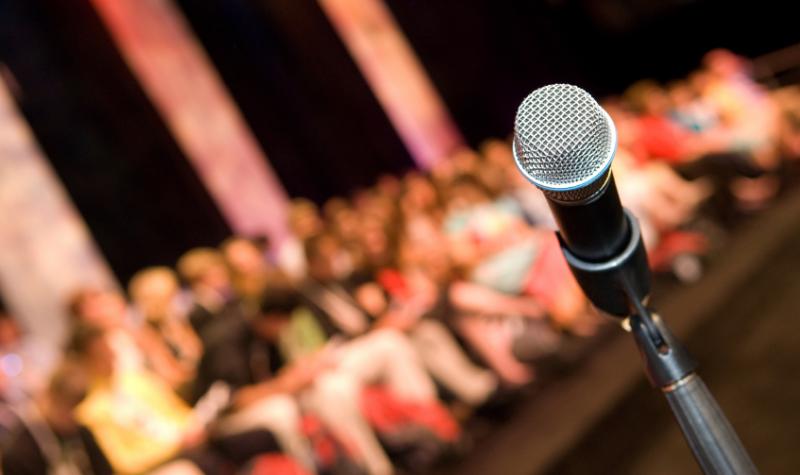 Como organizar uma conferência de sucesso