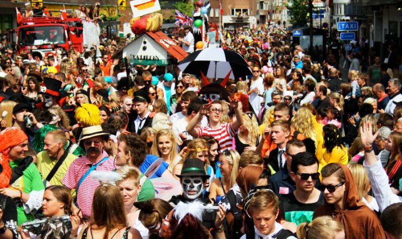 Como organizar uma festa de Carnaval