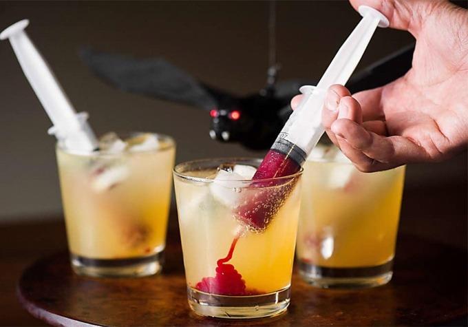 como organizar uma festa de halloween - drinks na seringa